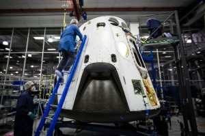 spacex-dragon-pad-abort-vehicle